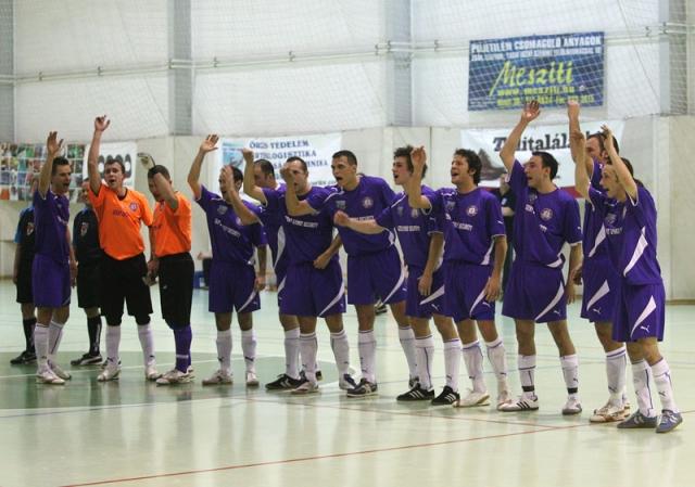 A 2010-es Újpest-Monor mérkőzés győztes csapata!